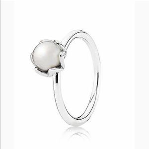 RETIRED PANDORA!! White Cultured Pearl Ring
